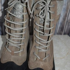 lincoln outfitters Shoes - Women's 11 Winter Boots Leather Upper Sweater New